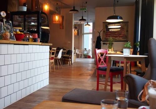 I am Bratislover #5 cafe
